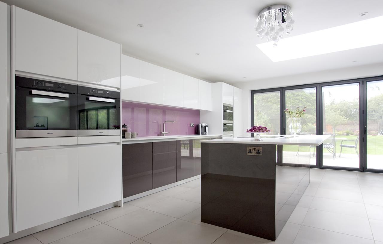 SKB BN RS Modern Kitchens 2433 1280