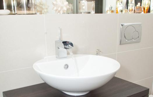 SKB SD PT Modern Bathrooms 2001-57 525