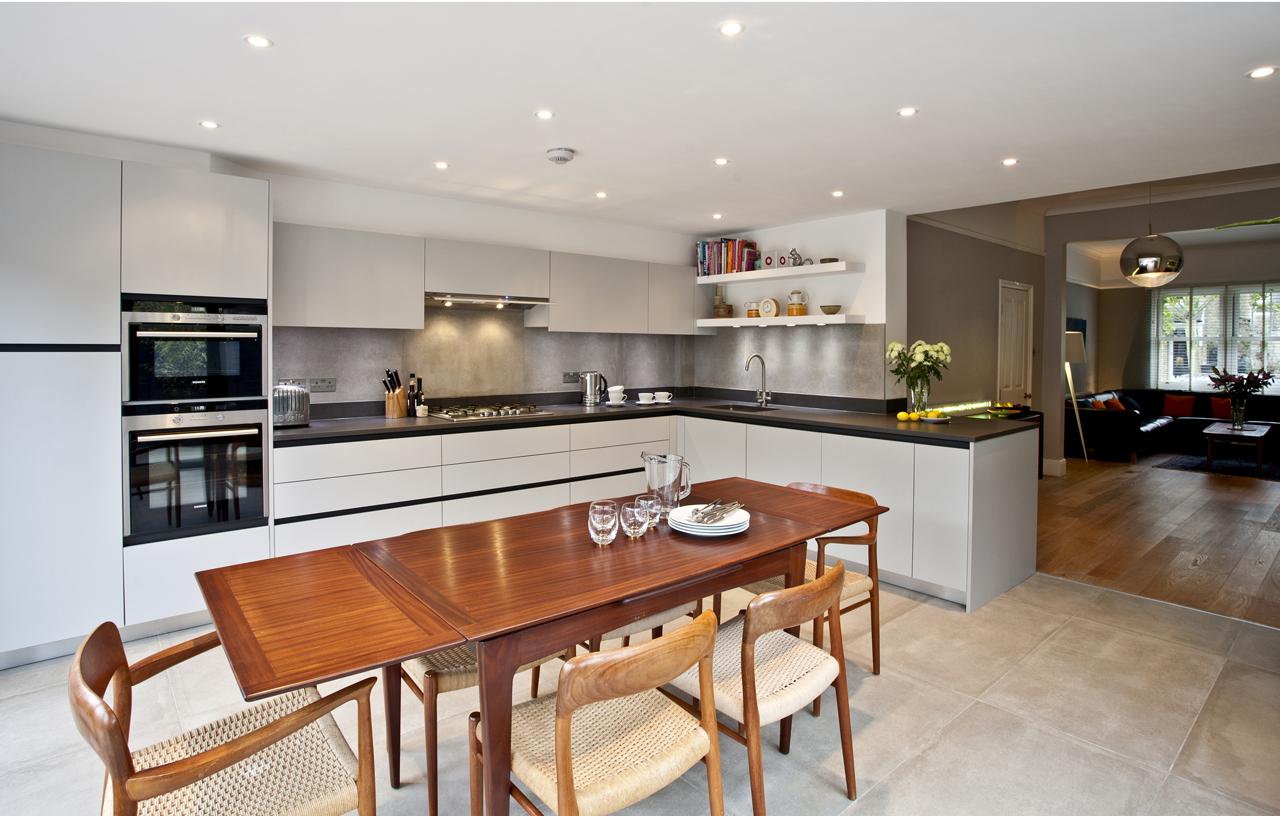 SKB WL IE Modern Kitchens 1569 1280