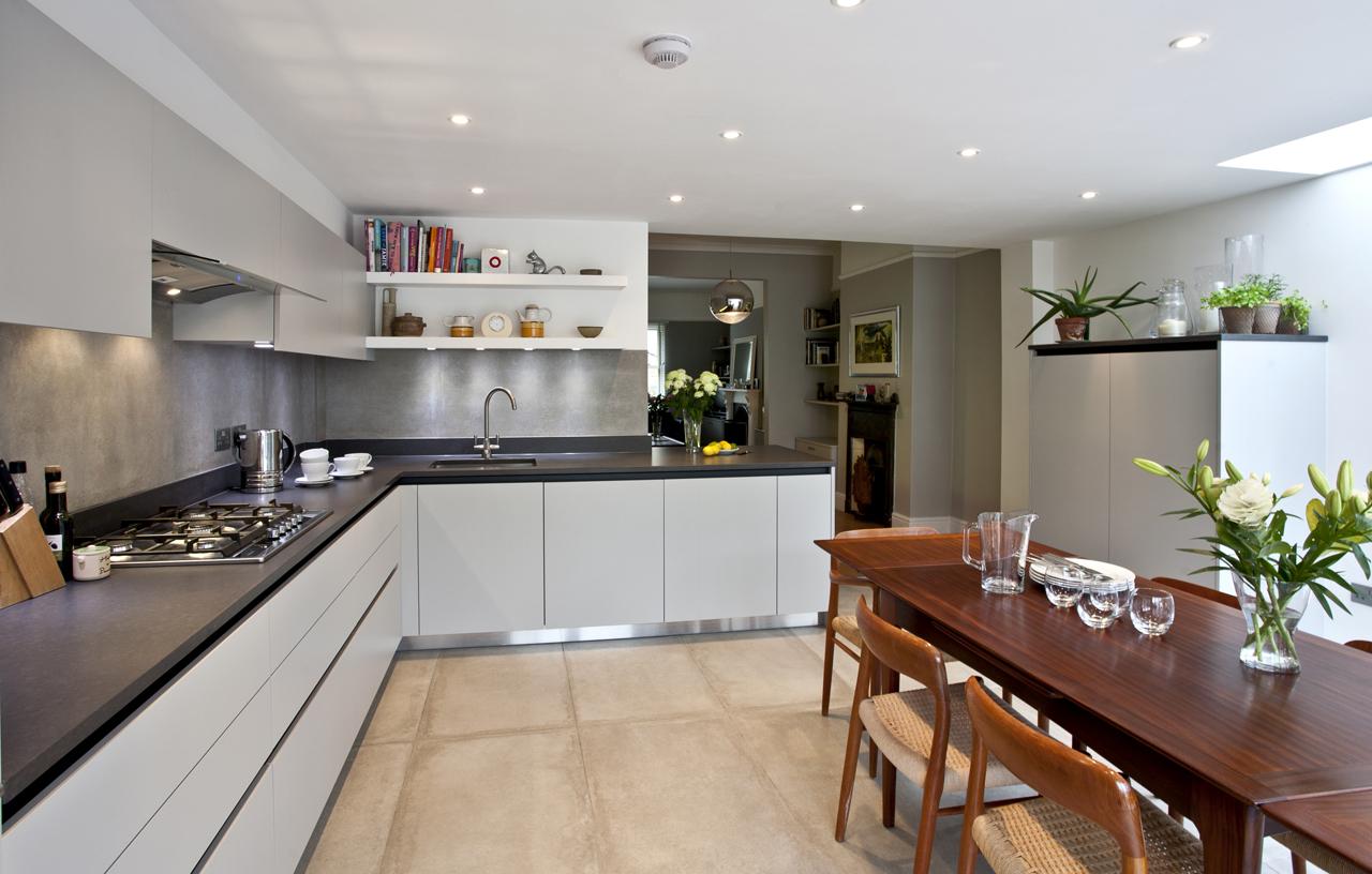 SKB WL IE Modern Kitchens 1586 1280