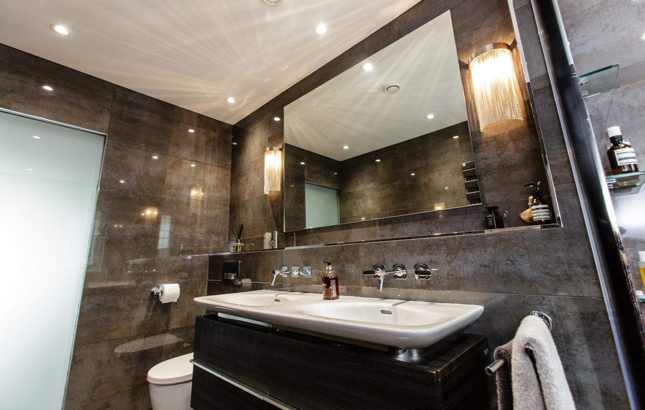 SKB OG HN Ensuite Bathroom 1098 1280