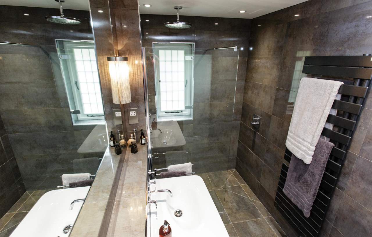 SKB OG HN Ensuite Bathroom 1104 1280